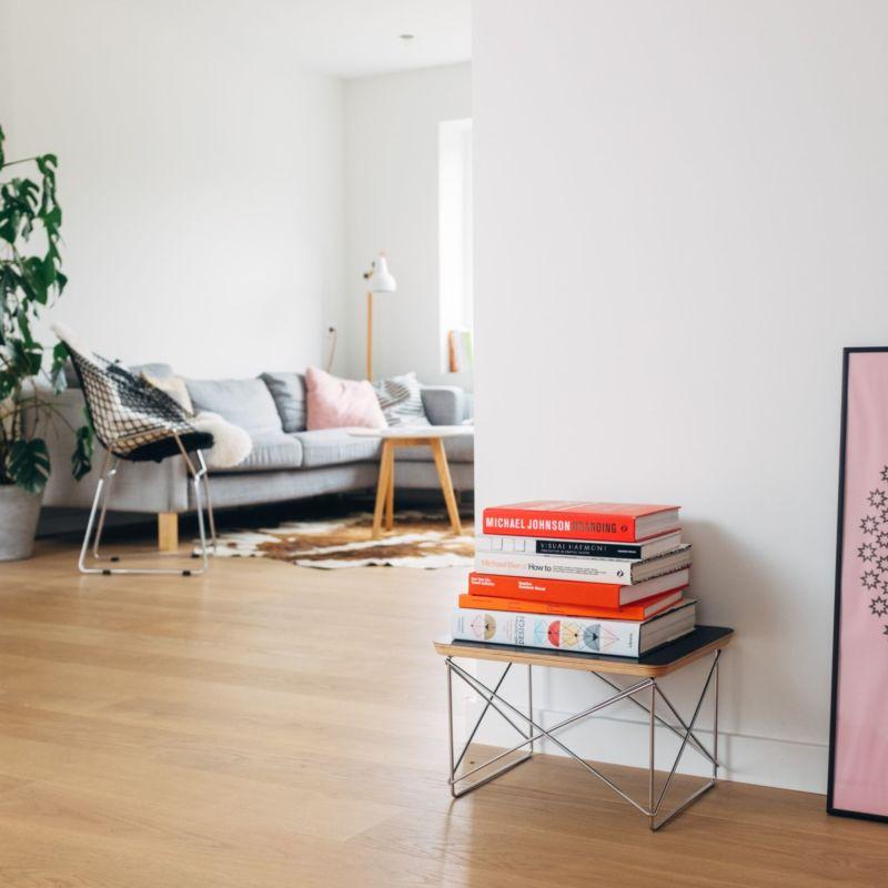 Photo d'un salon aux couleurs pastels